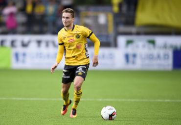 160822 Elfsborgs Adam Lundqvist under fotbollsmatchen i Allsvenskan mellan Elfsborg och GIF Sundsvall den 22 augusti 2016 i BORS. Foto: J…RGEN JARNBERGER / BILDBYRN / Cop 112