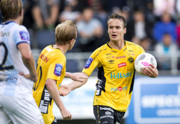 150812 Elfsborgs Viktor Prodell jublar efter 2-1 under fotbollsmatchen i Allsvenskan mellan Gefle och Elfsborg den 12 augusti 2015 i GŠvle.  Foto: Andreas Sandstršm / BildbyrŒn / Cop 104